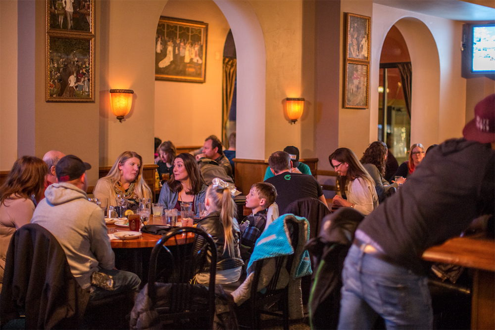 Denver S Oldest Bar And Grill Charlie Brown S Piano Bar Denver Co
